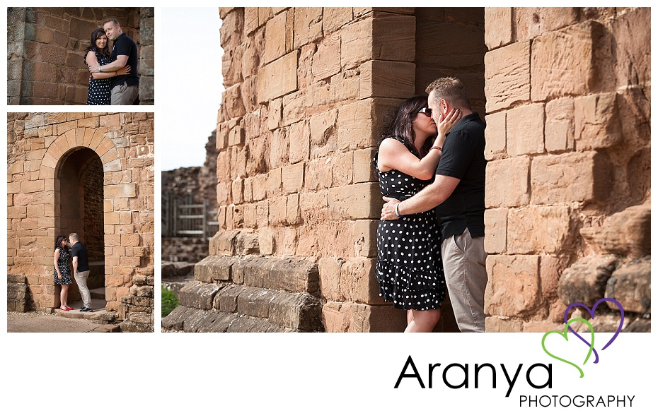 Engagement photos at Kenilworth Castle (2)