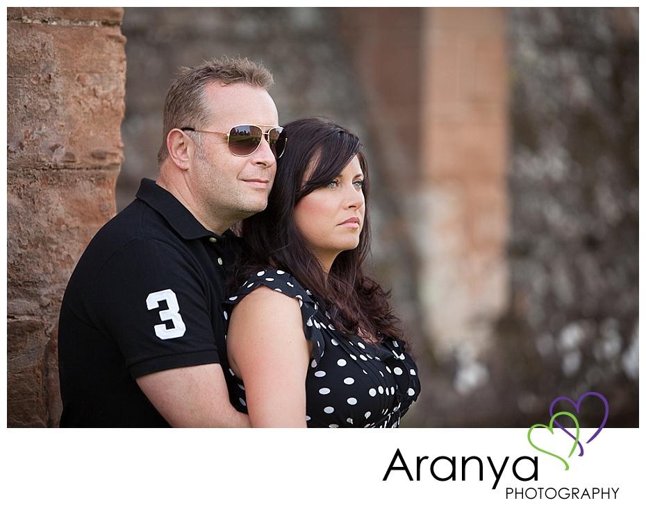 Engagement photos at Kenilworth Castle (5)