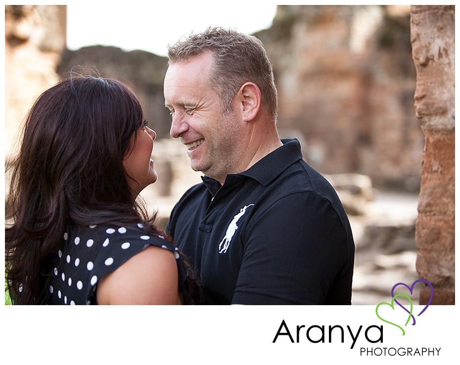Engagement photos at Kenilworth Castle (6)