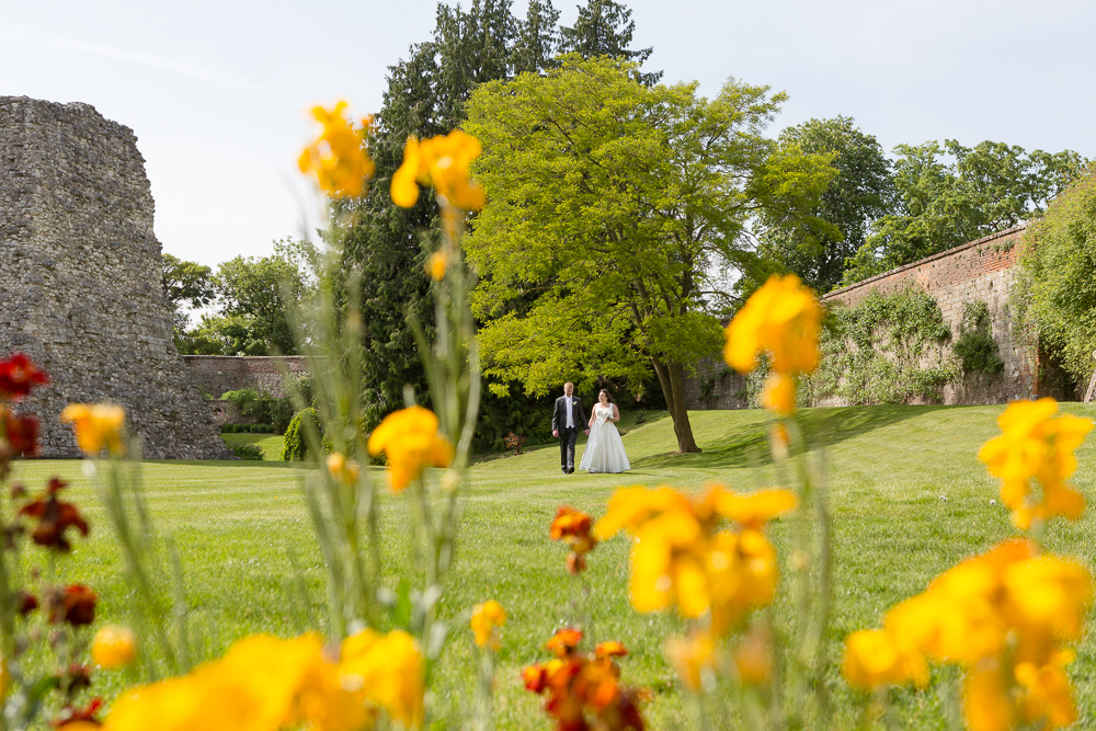 Relaxed Surrey Wedding photography | Aranya Photography