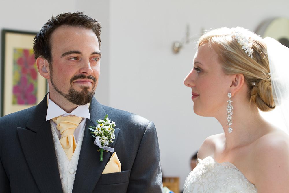 Smiths-Court-Hotel-Wedding-Photographer