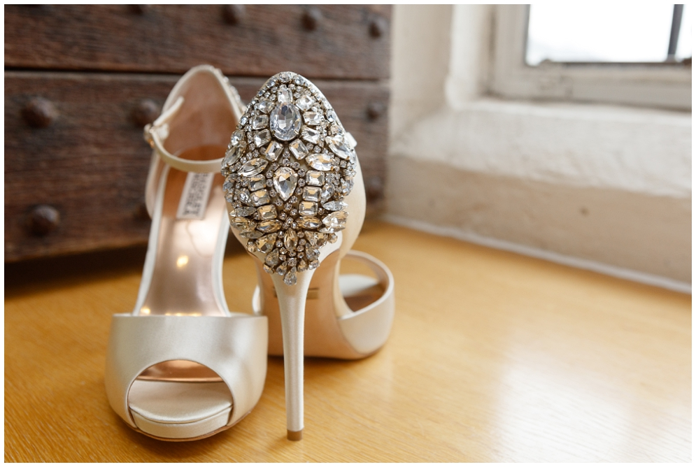 Bladgley Mischka Bridal Shoes | Aranya Photography